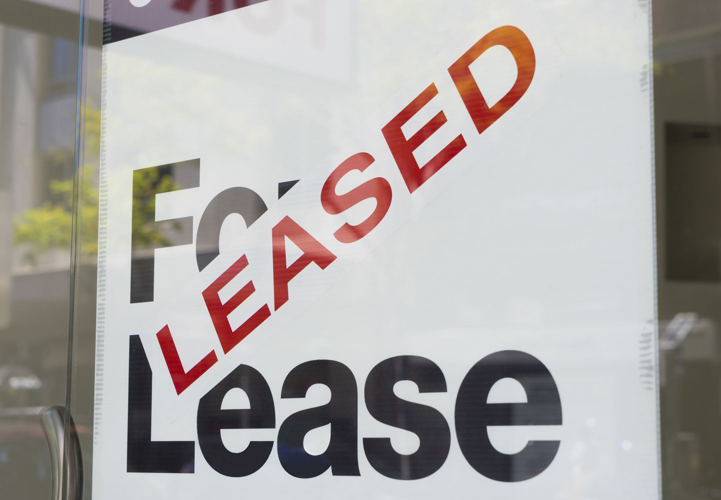 gold coast lawyer commercial lease